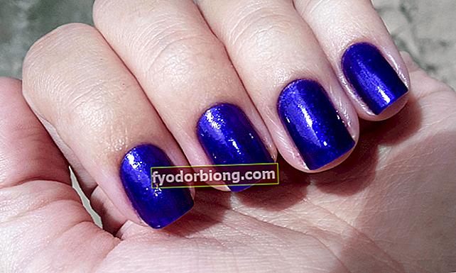 Blå neglelak - 7 nuancer til rock med farve