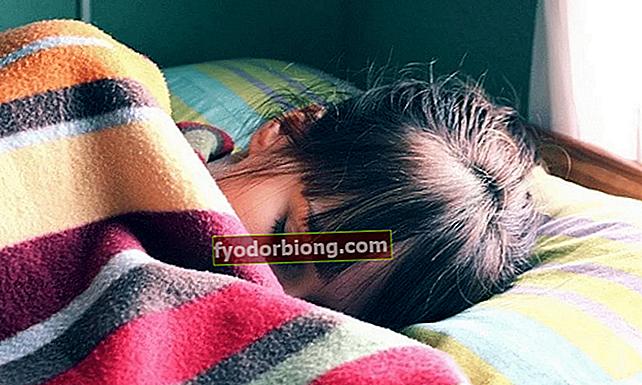 At sove i kulden mister vægt og sove nøgen mister 2 gange mere
