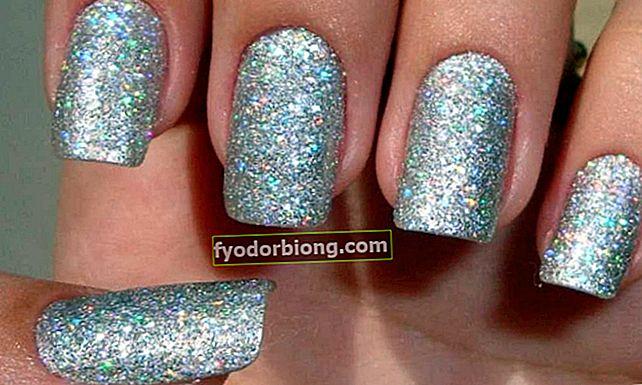 Sådan fjernes glitter neglelak effektivt