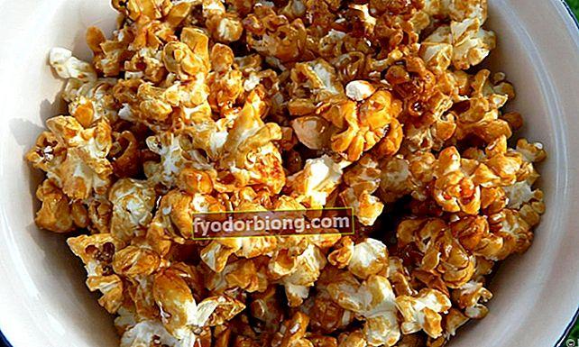 Sådan laver du sød mikrobølge popcorn på bare 5 minutter