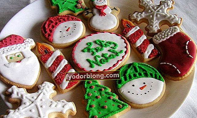 Hvordan man laver dekorerede julekager derhjemme